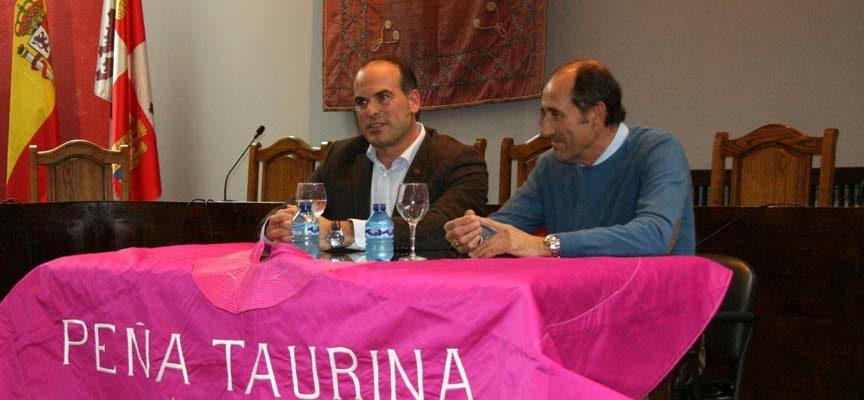 El picador Pedro Iturralde clausuró las Jornadas Taurinas de la Peña El Encierro