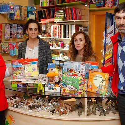 El País de Jauja colabora con la campaña de recogida de juguetes de Cruz Roja Juventud