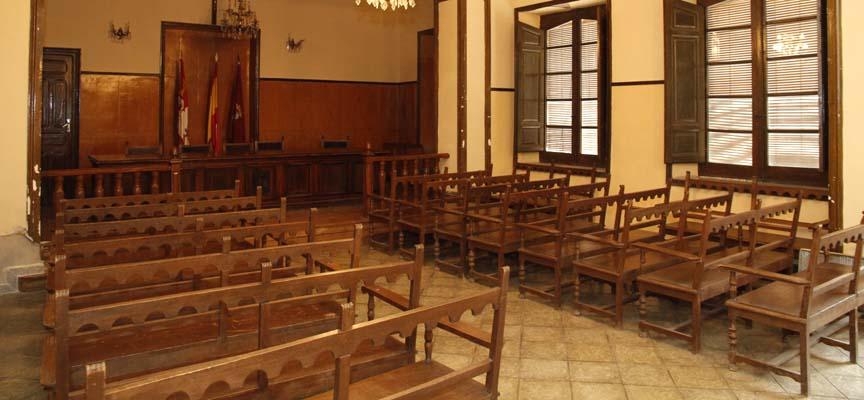 Salón de actos del Ayuntamiento de Aguilafuente.