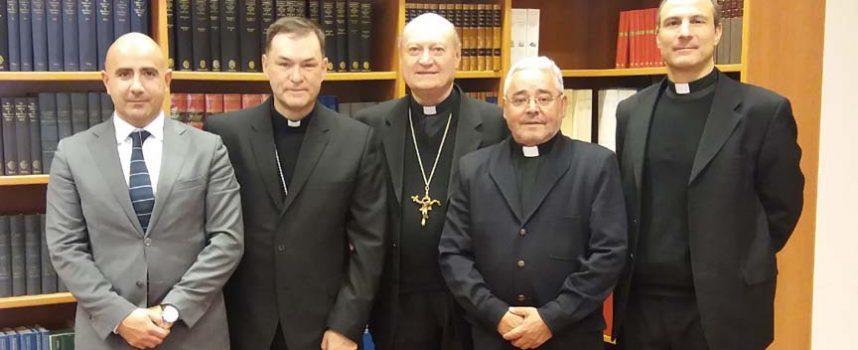 La Fundación Las Edades del Hombre invita al Consejo Pontificio de Cultura de El Vaticano a visitar `Reconciliare´ en Cuéllar