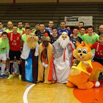 Segovia Futsal se impuso al FS Cuéllar-Cojalba en el torneo a beneficio de Juegaterapia