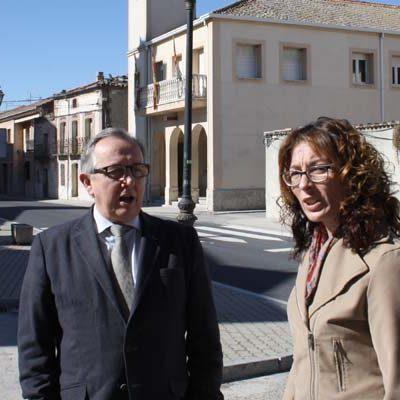 El delegado territorial visitó las obras de mejora en las travesías de San Cristobal de Cuéllar, Vallelado y Mata de Cuéllar