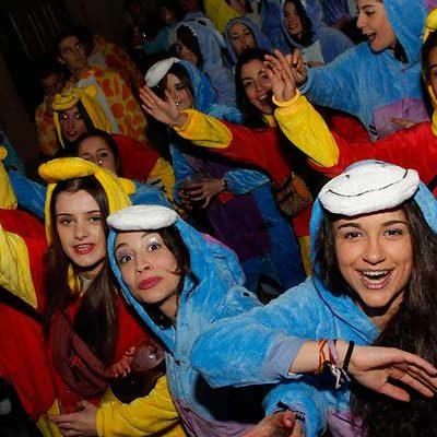 Cuéllar se viste de carnaval