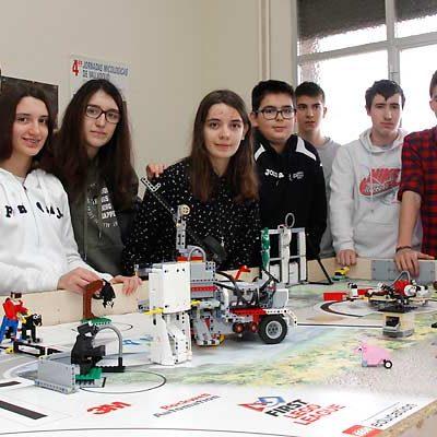 Lobos y ovejas, protagonistas del proyecto cuellarano para la First Lego League