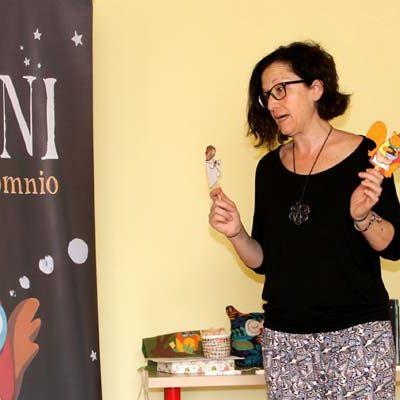 Pilar Martín presenta `Toni tiene Insomnio´,  un cuento que enseña