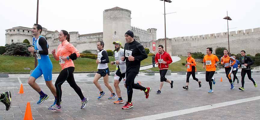 Más de 500 corredores se darán cita hoy en la Carrera Popular Murallas de Cuéllar