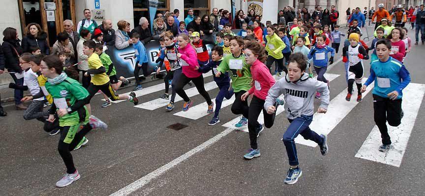Más de 400 corredores han confirmado ya su presencia en la VII Carrera Popular `Murallas de Cuéllar´