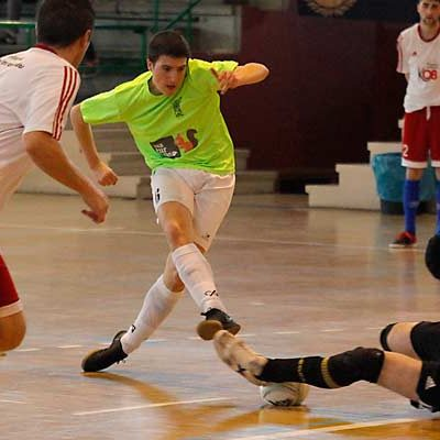 El FS Cuéllar cayó ante el Pizarras Tres Cuñados en un partido igualado que se decidió por el acierto