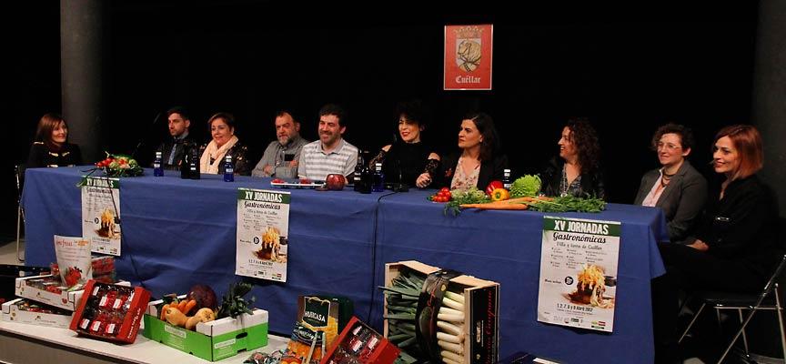 Representantes de los restaurantes participantes en las Jornadas Gastronómicas y de la D. O. Ribera del Duero.