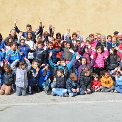 Los Alumnos del CRA El Carracillo aprendieron juegos tradicionales con los mayores de Pinarejos y Gomezserracín