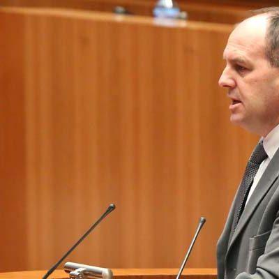 El pleno de las Cortes debate el miércoles la propuesta del PSOE para terminar definitivamente las obras en el Ayuntamiento de Olombrada