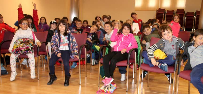 Alumnos del CEIP Santa Clara que participaron en la actividad.