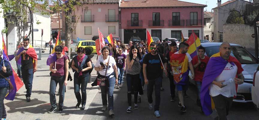 IU conmemoró el 86 aniversario de la proclamación de la Segunda República Española con un `Paseo Republicano´
