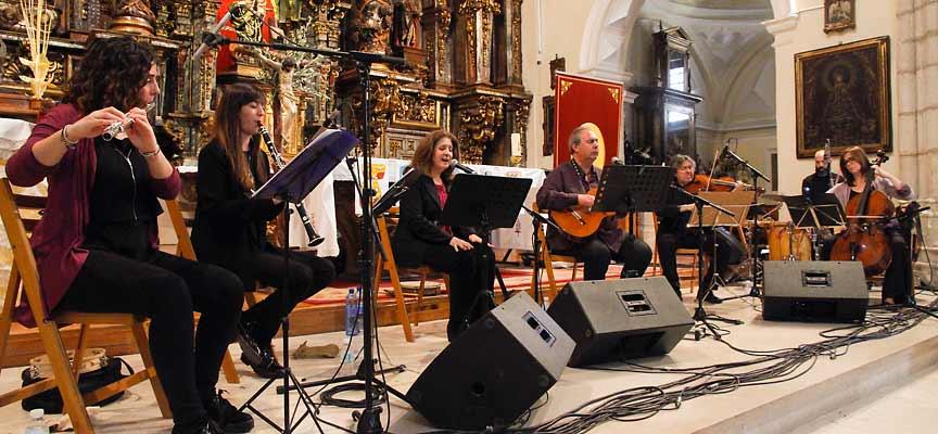 Un momento del recital ofrecido en la iglesia de San Miguel.