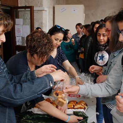 Almuerzo solidario en el IES Duque de Alburquerque