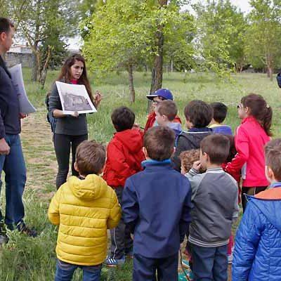 La Huerta del Duque muestra su pasado y presente a padres y escolares