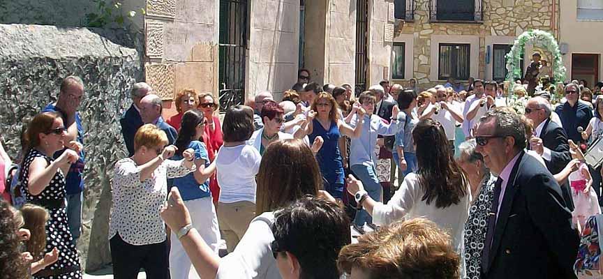 Procesión en honor a San Antonio celebrada en 2016 en Fuenterrebollo.