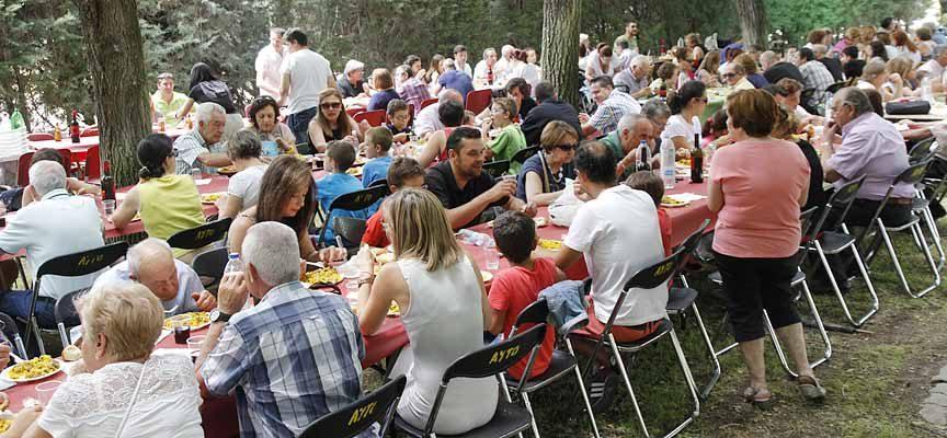 Actividades lúdicas y de ocio en la celebración de la Fiesta de la Comunidad de Villa y Tierra de Cuéllar