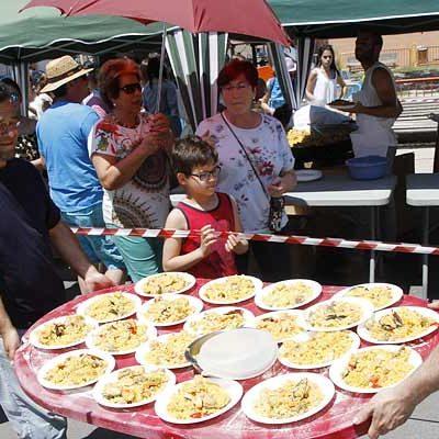 Gastronomía y diversión en las fiestas del barrio de San Gil