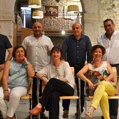 El grupo artístico Guardar Como acerca al Palacio de Pedro I la figura de José Zorrilla