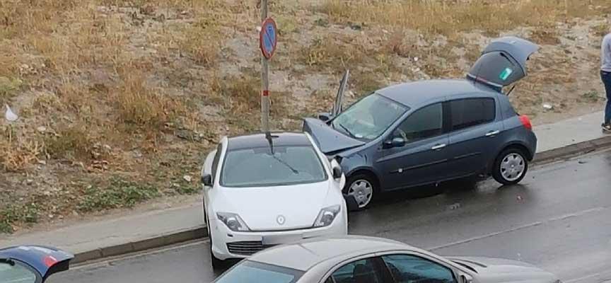 Estado de los vehículos tras el choque.