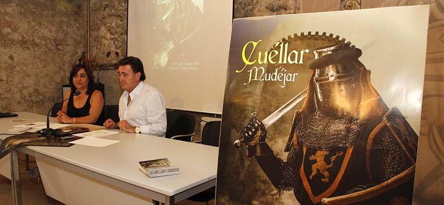 El alcalde y la concejala de Turismo durante la presentación de Cuéllar Mudéjar.