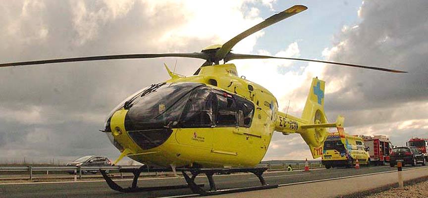 El herido ha sido trasladado en helicóptero al Hospital Clínico Universitario de Valladolid.