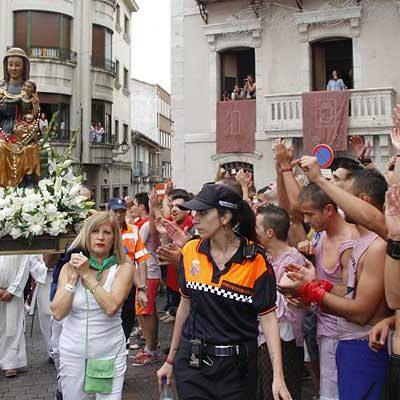 `Pepe Colás y los Punkifolkis´ y `La Banda Olivetti´ actuarán la víspera de las fiestas de Cuéllar en la plaza Mayor