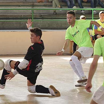 Sufrida victoria del FS Cuéllar Cojalba juvenil en el derbi ante La Lastrilla
