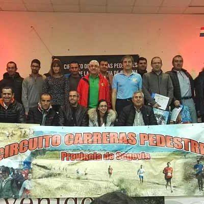 Atletismo Cuéllar recogió el premio a su segundo puesto en el circuito de carreras pedestres de la Diputación