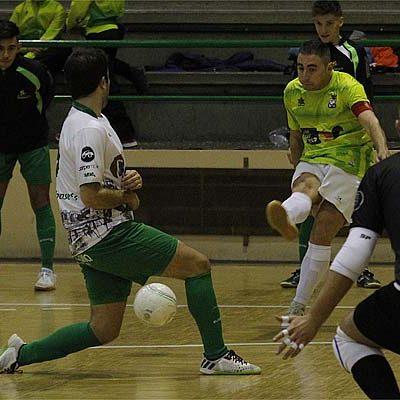 El FS Cuéllar jugó su mejor partido de la temporada pero acabó empatando ante el Albense