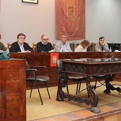 El Equipo de Gobierno aprueba un presupuesto de 7,6 millones que para la oposición no es social ni solidario