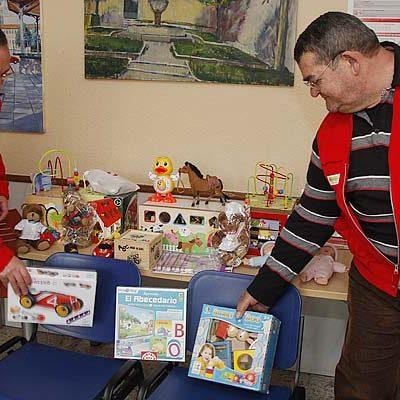 Cruz Roja inicia en Cuéllar la recogida de juguetes en el marco de la campaña `Sus Derechos en Juego´