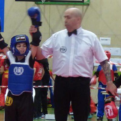 Los cuellaranos Hugo y Alain González se clasifican para los campeonatos de España de Kick boxing