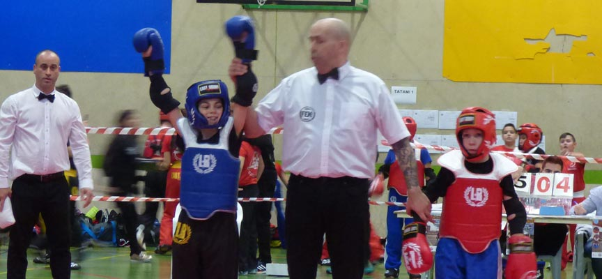 Hugo González-Kick boxing