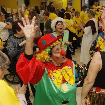 Los usuarios del Centro de Día de Mayores disfrutaron del carnaval