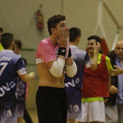 El FS Cuéllar cosecha ante el UVa un empate que sabe a derrota