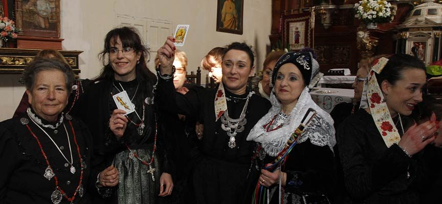 La cofradía de Santa Águeda abrirá con una exposición y un Festival Solidario la programación de su fiesta