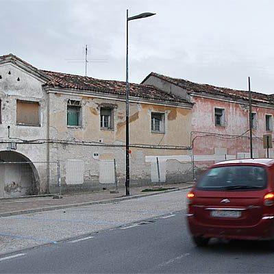 El Ayuntamiento iniciará esta semana el derribo de un módulo de las Casas de los Maestros