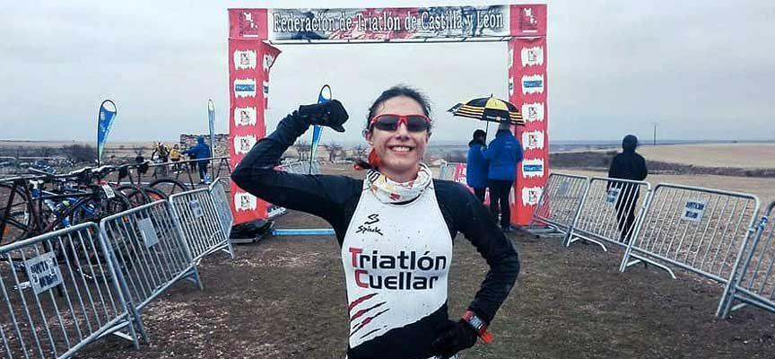 Doble distinción para la cuellarana Marina Muñoz en la gala anual de la Federación Regional de Triatlón