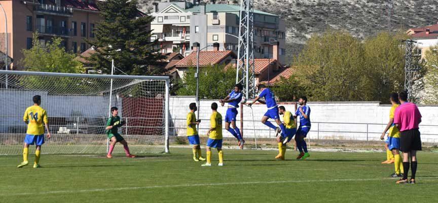 El Villarcayo Nela, rival para el debut del CD Cuéllar en Liga en Preferente
