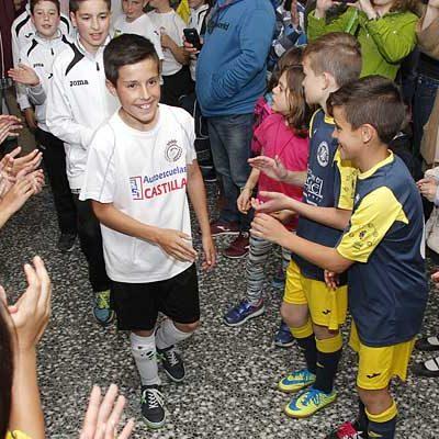 El equipo alevín del Racing Cuéllar se alza vencedor del Torneo de fútbol sala de Nava de la Asunción