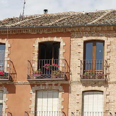 IU cuestiona la ocupación de una vivienda de la Fundación de la Magdalena por un familiar del edil de Patrimonio