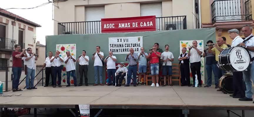 Fuenterrebollo homenajeó a Serafín Vaquerizo en el Festival de Folclore que lleva su nombre