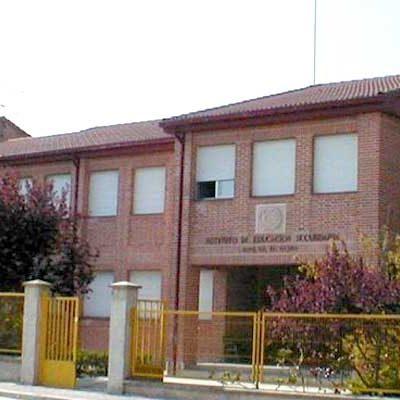 El IES Jaime Gil de Biedma ofrece clases extraordinarias a estudiantes de 4º de ESO durante este mes