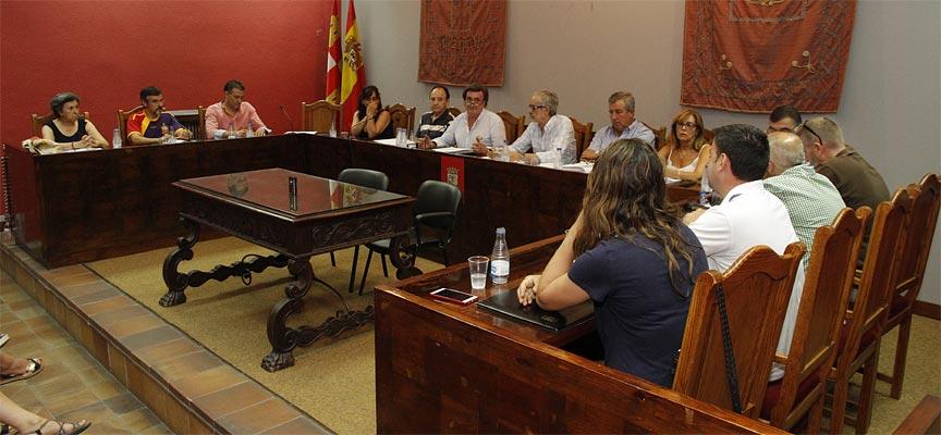 Pleno-celebrado-en-el-Ayuntamiento-de-Cuéllar-el-27/7/2018