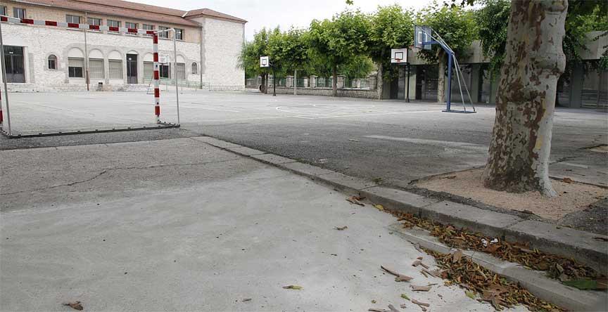 rampa-alcorques-patio-colegio-la-villa