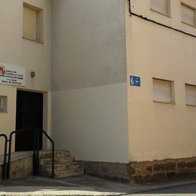 """Aulas vacías en el CRA Retama a la espera de una solución """"con garantías educativas"""" para los alumnos de Vallelado"""