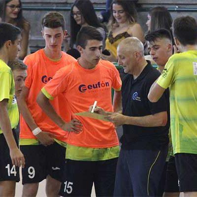 El FS Cuéllar juvenil juega el sábado en la pista del segundo, el Ríver Zamora
