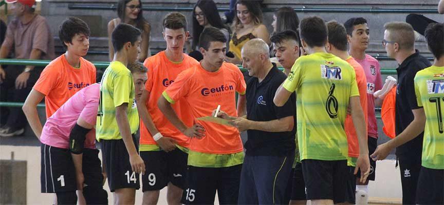 Tercera derrota consecutiva del FS Cuéllar juvenil víctima de sus errores